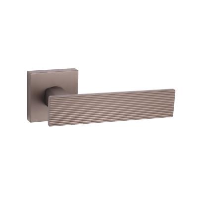 Дверные ручки Tupai LINA 4 3042 Q